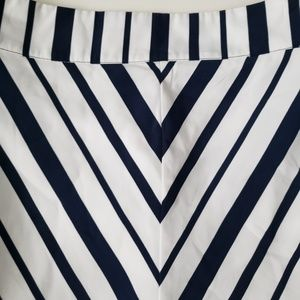 Lane Bryant A line skirt white and Navy 24